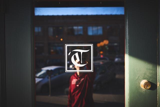dveře prosklené