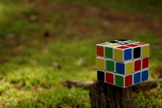 Rubikova kocka.jpg